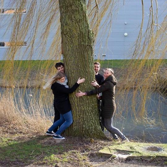 Treehug (1)